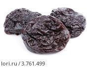 Сухофрукты. Сушеные сливы - чернослив. Стоковое фото, фотограф Роман Самохин / Фотобанк Лори