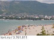 Купить «Современные пляжи Геленджика», фото № 3761811, снято 18 августа 2012 г. (c) Игорь Архипов / Фотобанк Лори