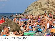 Купить «Пик курортного сезона в с. Сукко. Курорт Анапа», эксклюзивное фото № 3769151, снято 18 августа 2012 г. (c) Rekacy / Фотобанк Лори