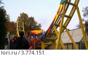 Купить «Аттракционы в парке Сокольники(таймлапс)», видеоролик № 3774151, снято 10 января 2012 г. (c) Losevsky Pavel / Фотобанк Лори