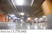 Купить «Машина на подземной парковке, таймлапс», видеоролик № 3776643, снято 1 февраля 2012 г. (c) Losevsky Pavel / Фотобанк Лори