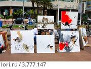 Купить «Выставка-продажа картин на бульваре Круазетт», фото № 3777147, снято 13 июня 2010 г. (c) ElenArt / Фотобанк Лори