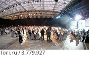 Купить «Люди на церемонии награждения победителей премии Брэнд года EFFIE 2011, таймлапс», видеоролик № 3779927, снято 27 мая 2012 г. (c) Losevsky Pavel / Фотобанк Лори
