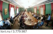Купить «Журналисты на расширенном заседании Государственного Совета, таймлапс», видеоролик № 3779987, снято 27 мая 2012 г. (c) Losevsky Pavel / Фотобанк Лори