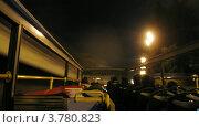 Купить «Пассажиры открытого автобуса едут по городу поздним вечером, таймлапс», видеоролик № 3780823, снято 19 апреля 2012 г. (c) Losevsky Pavel / Фотобанк Лори