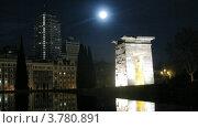 Купить «Храм Дебот ночью в Мадриде во время полнолуния, таймлапс», видеоролик № 3780891, снято 19 апреля 2012 г. (c) Losevsky Pavel / Фотобанк Лори
