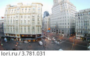 Купить «Рассвет на улице Gran Via, Мадрид, таймлапс», видеоролик № 3781031, снято 20 апреля 2012 г. (c) Losevsky Pavel / Фотобанк Лори