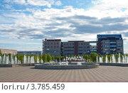 Рябиновый бульвар, г. Когалым (2011 год). Редакционное фото, фотограф Бордачёва Светлана / Фотобанк Лори