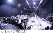 Купить «Рабочие демонтируют оборудование после парада моделей, таймлапс», видеоролик № 3785531, снято 26 апреля 2012 г. (c) Losevsky Pavel / Фотобанк Лори