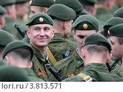 Купить «Молодой солдат улыбается», фото № 3813571, снято 9 мая 2011 г. (c) Matwey / Фотобанк Лори