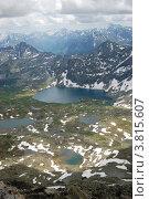 Купить «Оз. Алла-Аскыр (Ешту), вид с вершины г. Колбан», фото № 3815607, снято 13 июля 2009 г. (c) Анна Омельченко / Фотобанк Лори