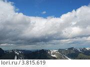 Купить «Облака над горными хребтами», фото № 3815619, снято 13 июля 2009 г. (c) Анна Омельченко / Фотобанк Лори