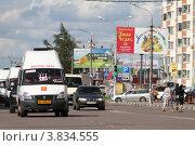 Купить «Балашиха, маршрутное такси», эксклюзивное фото № 3834555, снято 12 августа 2011 г. (c) Дмитрий Неумоин / Фотобанк Лори