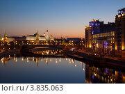 Купить «Ночная Москва», фото № 3835063, снято 14 сентября 2012 г. (c) Наталья Волкова / Фотобанк Лори