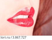Приоткрытый женский рот с накрашенными губами. Стоковое фото, фотограф Оксана Ковач / Фотобанк Лори