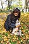 Девушка с щенком собаки породы сибирский хаски (siberian husky) в осеннем парке, фото № 3872263, снято 22 сентября 2012 г. (c) ElenArt / Фотобанк Лори