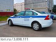 Купить «Полицейский автомобиль города Луховицы», эксклюзивное фото № 3898111, снято 19 сентября 2012 г. (c) Зобков Георгий / Фотобанк Лори