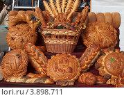 Хлеб Алтая (2009 год). Редакционное фото, фотограф Виктор Четошников / Фотобанк Лори