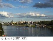 Город Тверь, набережная (2012 год). Редакционное фото, фотограф Сергей / Фотобанк Лори