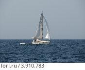Купить «Яхта в Адриатическом море. Хорватия, Европа», эксклюзивное фото № 3910783, снято 23 октября 2018 г. (c) lana1501 / Фотобанк Лори