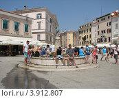 Купить «Город Ровинь. Хорватия. Европа», эксклюзивное фото № 3912807, снято 22 апреля 2019 г. (c) lana1501 / Фотобанк Лори