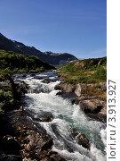 Купить «Водопад на горной речке, Норвегия», фото № 3913927, снято 27 октября 2008 г. (c) Estet / Фотобанк Лори