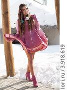 Купить «Девушка в стилизованном русском костюме», фото № 3918619, снято 26 февраля 2012 г. (c) Момотюк Сергей / Фотобанк Лори