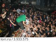 Купить «Таланты и поклонники (Noize MC)», фото № 3933575, снято 3 сентября 2010 г. (c) Алена Потапова / Фотобанк Лори