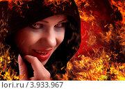Купить «Ведьма в капюшоне. Образ для Хэллоуин», фото № 3933967, снято 20 сентября 2012 г. (c) Евгений Атаманенко / Фотобанк Лори