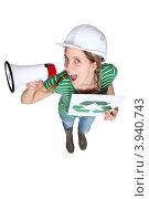 Купить «Девушка в каске с рупором и символом вторичной переработки. Вид сверху», фото № 3940743, снято 17 февраля 2011 г. (c) Phovoir Images / Фотобанк Лори