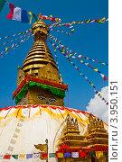 Купить «Буддистский храм Сваямбунатх в Катманду», фото № 3950151, снято 30 сентября 2012 г. (c) Юлия Бабкина / Фотобанк Лори