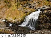 Горный водопад. Стоковое фото, фотограф Владимир Бизюлев / Фотобанк Лори