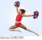 Купить «Девушка-чирлидер в прыжке», фото № 3957791, снято 23 сентября 2012 г. (c) Sergey Nivens / Фотобанк Лори