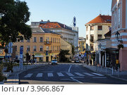 Купить «Хорватия. Улица старого Загреба утром», фото № 3966867, снято 9 сентября 2012 г. (c) Orion34 / Фотобанк Лори