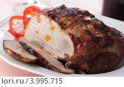 Купить «Запеченная свинина, нашпигованная морковью», фото № 3995715, снято 29 сентября 2009 г. (c) Stockphoto / Фотобанк Лори