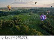 Купить «Слет воздухоплавателей в Великих Луках», фото № 4040379, снято 10 июня 2012 г. (c) Сергей Калинкин / Фотобанк Лори