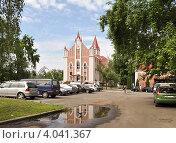 Церковь Адвентистов Седьмого Дня (2012 год). Редакционное фото, фотограф Нина Хилько / Фотобанк Лори