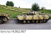 Купить «Танк Т-64», фото № 4062067, снято 8 августа 2012 г. (c) Голованов Сергей / Фотобанк Лори