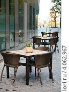 Купить «Уличное кафе в Лондоне», фото № 4062967, снято 1 ноября 2012 г. (c) Дмитрий Наумов / Фотобанк Лори