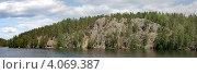 Купить «Панорама скал озера Ястребиного», фото № 4069387, снято 23 июня 2007 г. (c) Max Toporsky / Фотобанк Лори