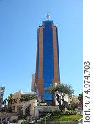 """Башня """"Портомазо"""" (Portomaso Business Tower) (2012 год). Редакционное фото, фотограф Виталий Горелов / Фотобанк Лори"""