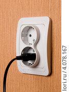 Купить «Электрическая розетка», фото № 4078167, снято 27 декабря 2011 г. (c) Владимир Хаманов / Фотобанк Лори