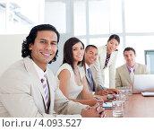 Купить «Команда деловых людей за столом», фото № 4093527, снято 3 октября 2009 г. (c) Wavebreak Media / Фотобанк Лори