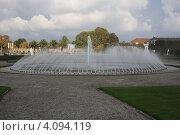 Купить «Ганновер. Фонтан в большом парке Herrenhausen», фото № 4094119, снято 18 октября 2009 г. (c) Борис Кунин / Фотобанк Лори