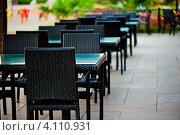 Купить «Уличное кафе», фото № 4110931, снято 23 сентября 2012 г. (c) Константин Лабунский / Фотобанк Лори