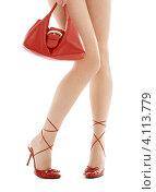 Купить «Девушка с длинными стройными ногами в красных туфлях на каблуках и дамской сумочкой на белом фоне», фото № 4113779, снято 18 декабря 2006 г. (c) Syda Productions / Фотобанк Лори