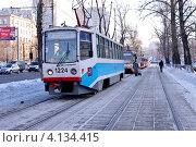 Купить «Городской пейзаж с трамваями», эксклюзивное фото № 4134415, снято 20 декабря 2012 г. (c) Илюхина Наталья / Фотобанк Лори