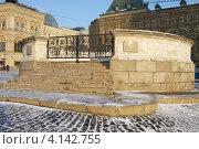 Купить «Москва. Красная площадь. Лобное место», эксклюзивное фото № 4142755, снято 18 декабря 2012 г. (c) Яна Королёва / Фотобанк Лори