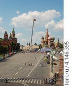 Купить «Праздник автомобильного спорта с участием команд Формулы 1, Москва», эксклюзивное фото № 4146395, снято 16 июля 2011 г. (c) lana1501 / Фотобанк Лори
