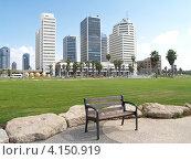 Купить «Израиль. Высотные здания на набережной Тель-Авива», фото № 4150919, снято 5 октября 2012 г. (c) Ирина Борсученко / Фотобанк Лори